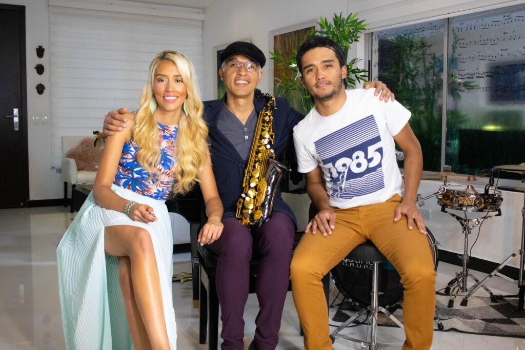 Grupo Musical en Colombia | SAVIA LATINA