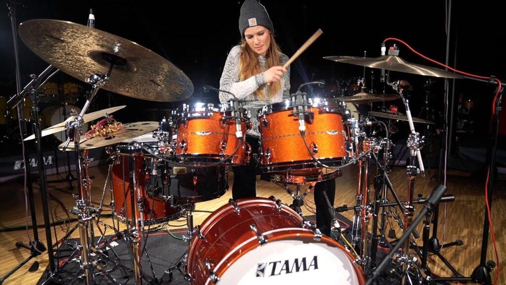 Anika Nilles   Drummers   Bateristas